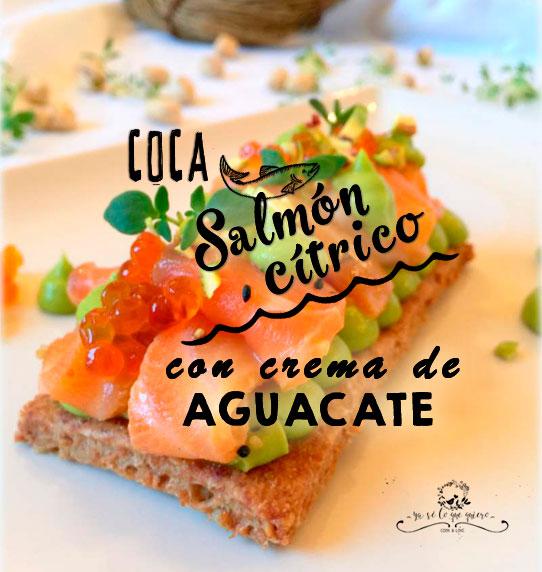 Coca de salmon fresco citrico con crema de aguacates de la Costa Tropical de Granada